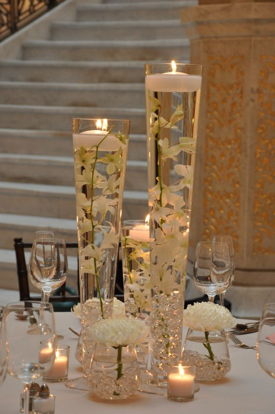 glass vase centerpiece 3